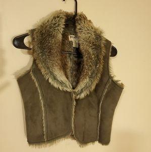 Mudd faux fur & suede mini vest Size Med - prelove